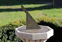 sundial-4017657_1280_opt