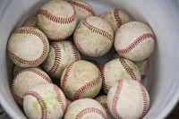 baseballs-1087695_1280_opt.jpg